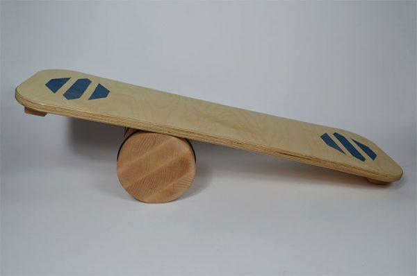 Ravnotežna deska na gibljivem valju